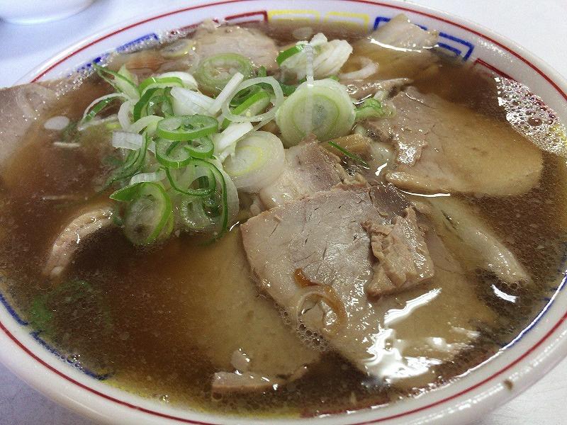 まこと食堂チャーシュー麺