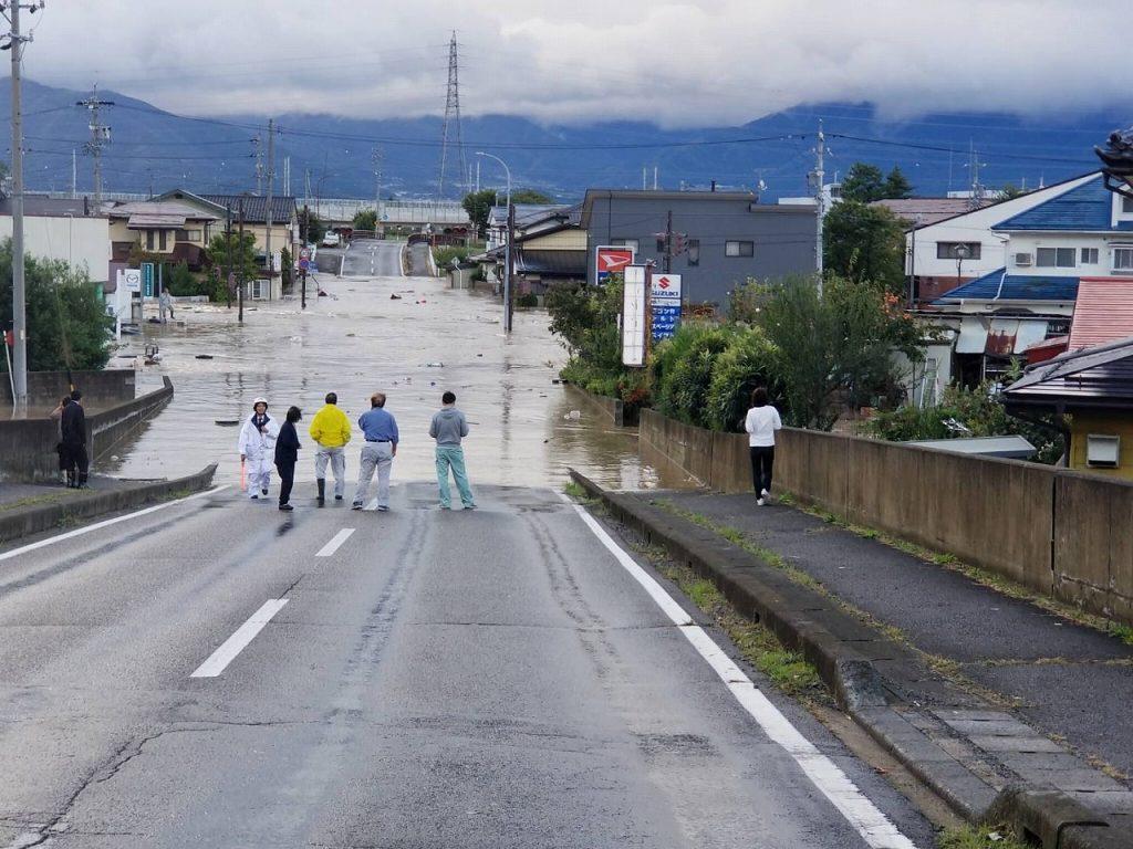 令和元年台風19号 千曲川決壊。