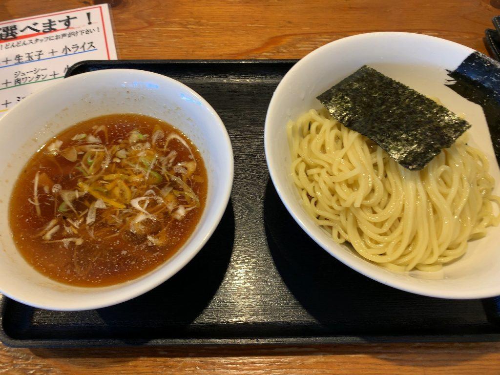 朝つけ麺630円。