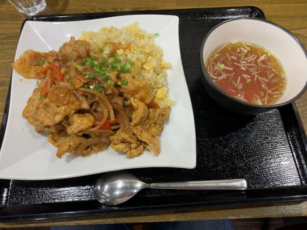 じろ吉のポーク炒飯(限定メニュー)