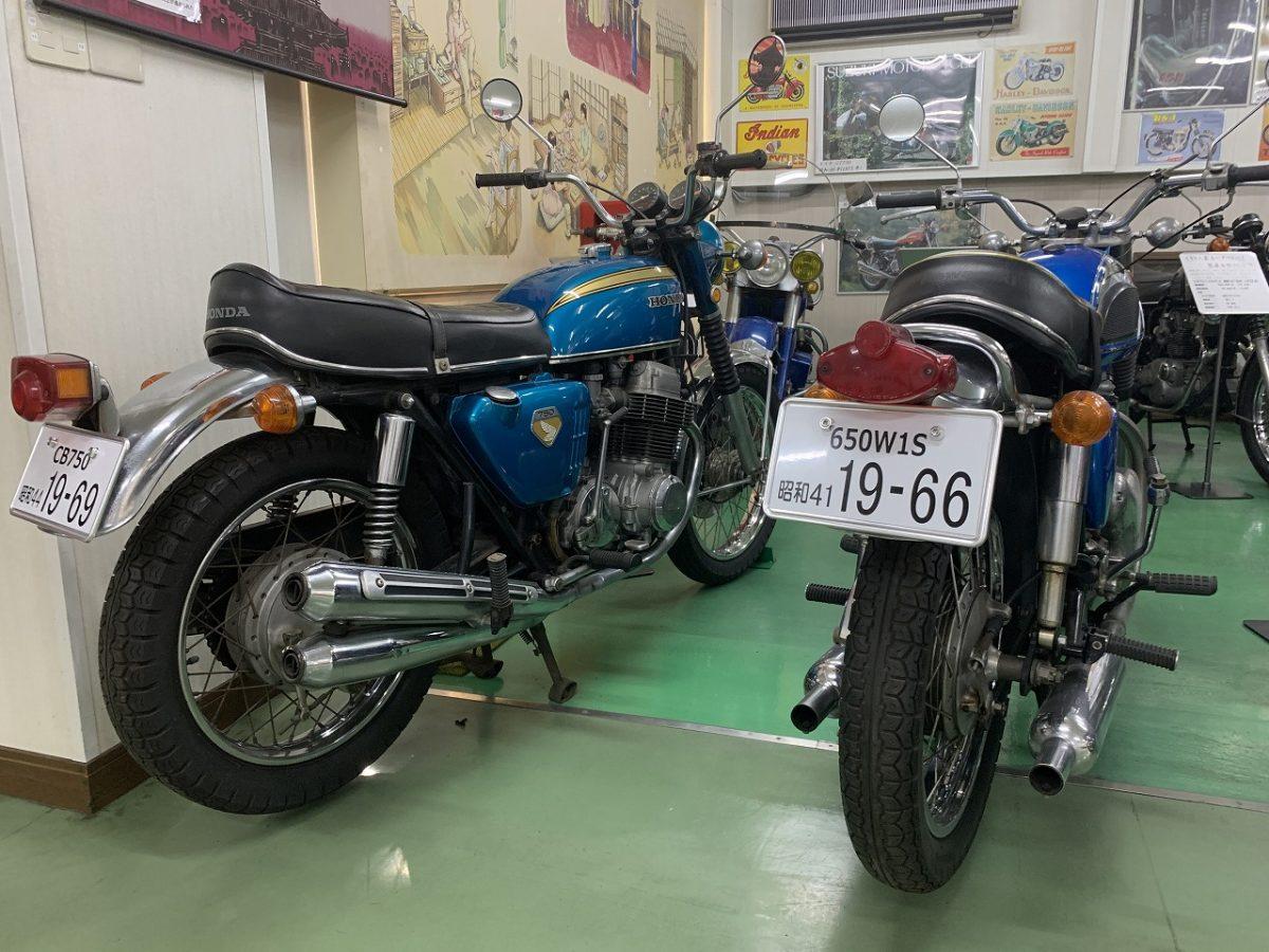 CB750ケーゼロとカワサキダブワン。