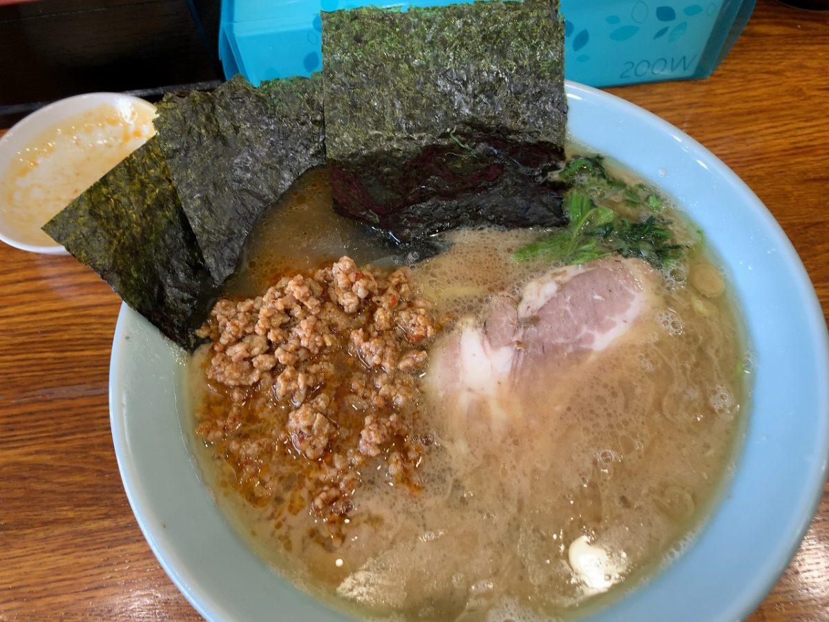 新潟市西区 横浜ラーメン 心一家 ラーメン+辛肉