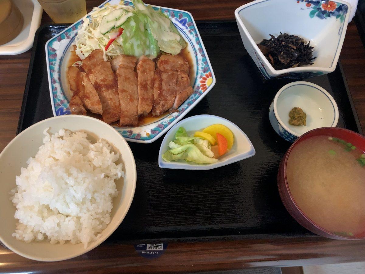 三条市 割烹食堂 福泉 安定の 生姜焼肉定食